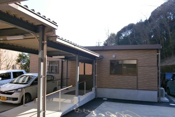 住宅型有料老人ホーム シニアケアたけお弐番館
